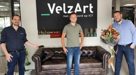 Hoera! Sales Medewerker Mark Is 10 Jaar In Dienst Bij VelzArt!